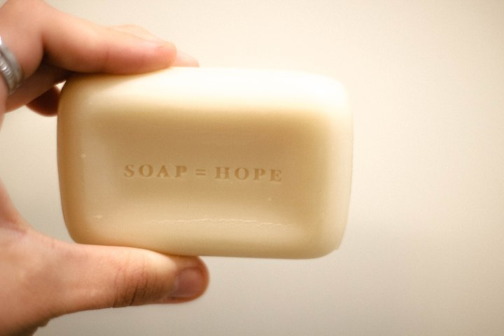 Benefits of Using Natural Body Wash with Soapbox